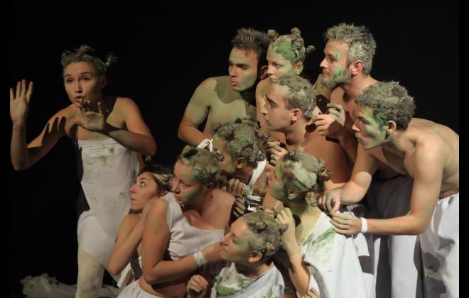 photo Green non-verbal theatre